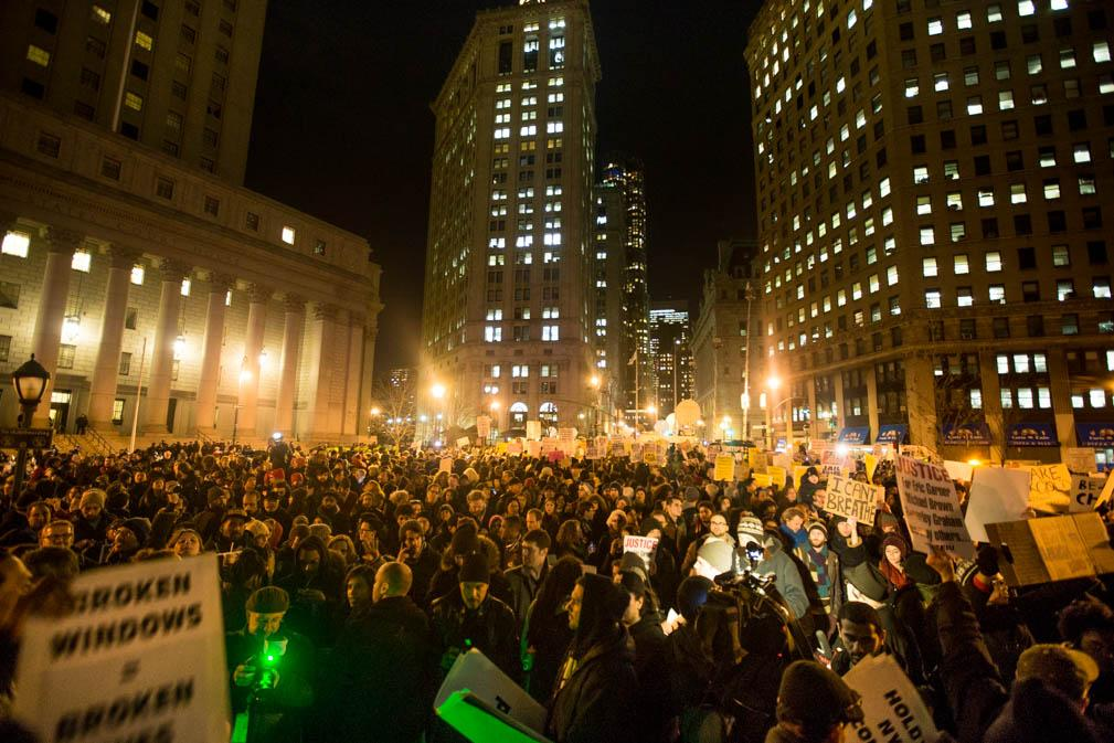 About 5,000 people peacefully filling Foley Square in NYC #justiceforEricGarner #pixable http://t.co/0pvypJ5ll1