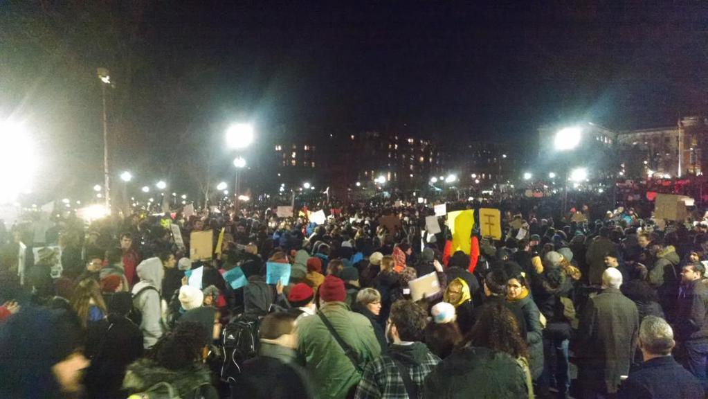Biggest protest I've ever seen in #Boston #BlackLivesMatter #ICantBreathe #EricGarner  (via @eligerzon) http://t.co/cnpJ4oZVFo