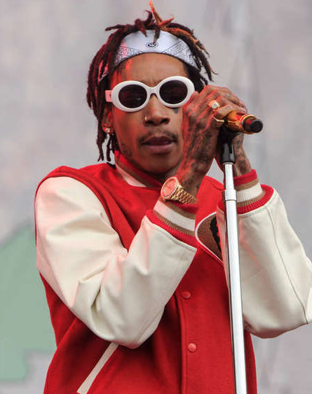 Wiz Khalifa gets frisky with Playboy model Carla
