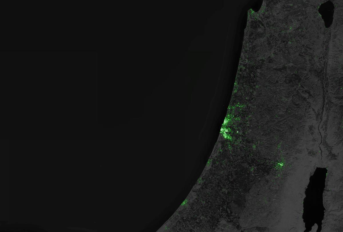 גאו-ויזואליזציה של ציוצי טוויטר מ-3.5 השנים האחרונות: בישראל, רוב הציוצים נשלחים מתל אביב http://t.co/PxlF3YuCPr http://t.co/Qjg6bCRaUq