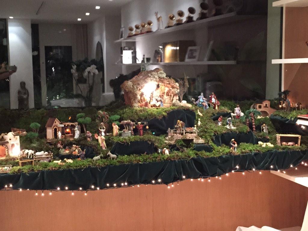 Our Nativity! / Nuestro Pesebre! Shak http://t.co/YsOmu6CIbe