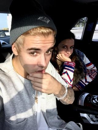 IDK but is it just me? He looks like Korean artist but WAY better. Sorry!  #blondebieber   #MTVStars Justin Bieber http://t.co/JBKzHbSpus