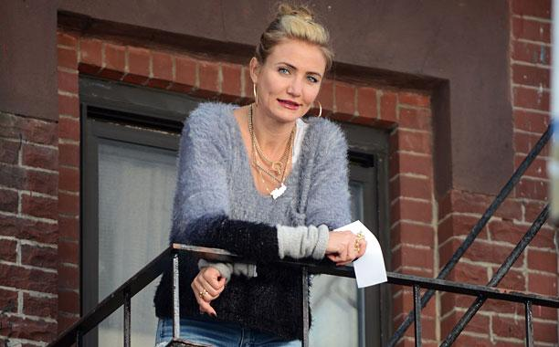 Watch Cameron Diaz sing 'Little Girls' in @AnnieMovie: