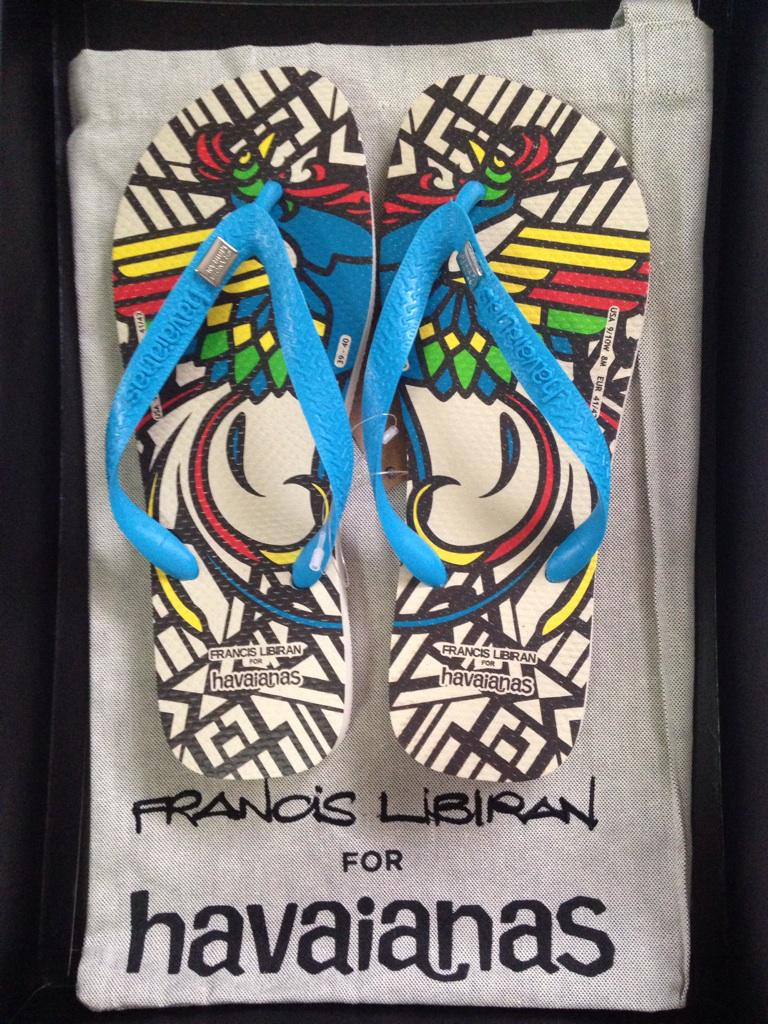 Celebrating Pinoy pride with @havaianasphils! Congrats on the collab with designer Francis Libiran!:) http://t.co/M8DwttYoaB