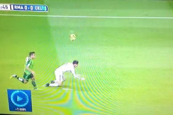 Berita Bola Liga Spanyol  - Catat Rekor Hat-trick, Ronaldo Juga Catat Diving Aneh