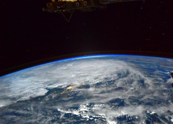 LOOK: Typhoon Ruby, Manila seen from space http://t.co/FNH9YCbU8e via @AstroTerry http://t.co/1ZNUtGOiNC