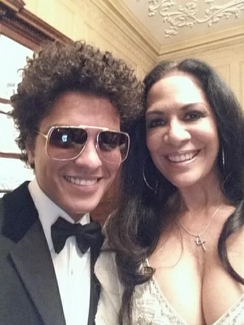 """@GelConcepcion: ""@SheilaEdrummer: Having dinner w/ Bruno Mars in DC State Dept. http://t.co/NKjsDEMvb0"""" @sedonaszn our childhood idols"