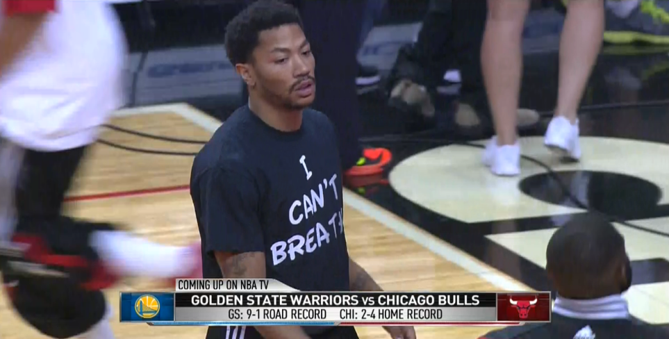 Derrick Rose wearing the I Can't Breathe shirt. #EricGarner http://t.co/ZCxCQdSTci