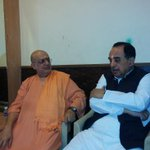 RT @jagdishshetty: Dr @Swamy39 with Swami Atmanand Saraswati at Mumbai just before Perna Talks, live webcast at http://t.co/405LCY9iI3 http…