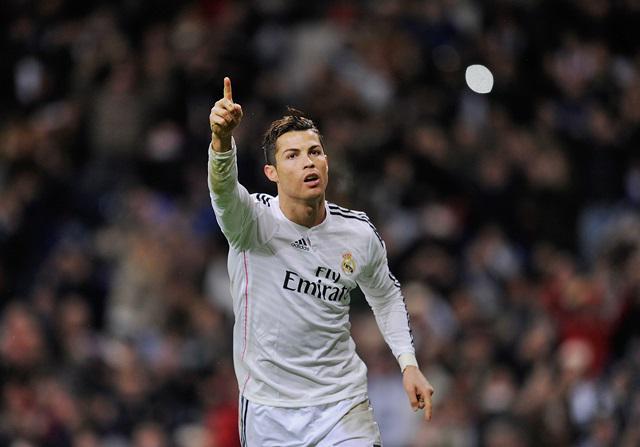 Cristiano ha necesitado 57 partidos menos que Messi para llegar a 200 goles en Liga > http://t.co/voZFDBSc7S http://t.co/iAo5gHBdUU