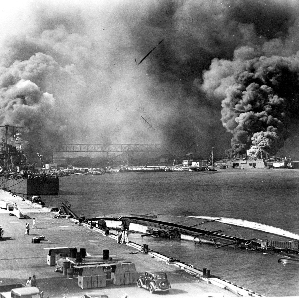 Remember #PearlHarbor. http://t.co/1hew1NBovk