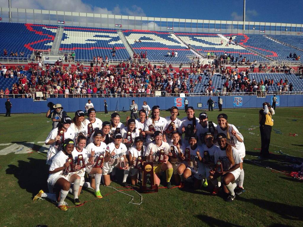 Your 2014 National Champions!! http://t.co/l1TfO464Y4