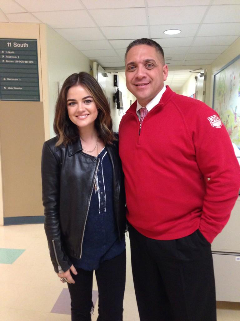 Thank you @lucyhale for delivering holiday gifts with us today at Stony Brook Pediatrics. @Mycountry961 http://t.co/fU5XRlB19T