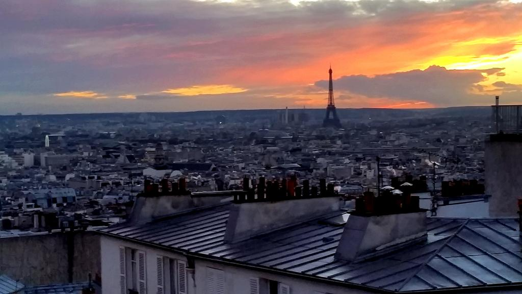 This evening's Paris view... it never gets boring.