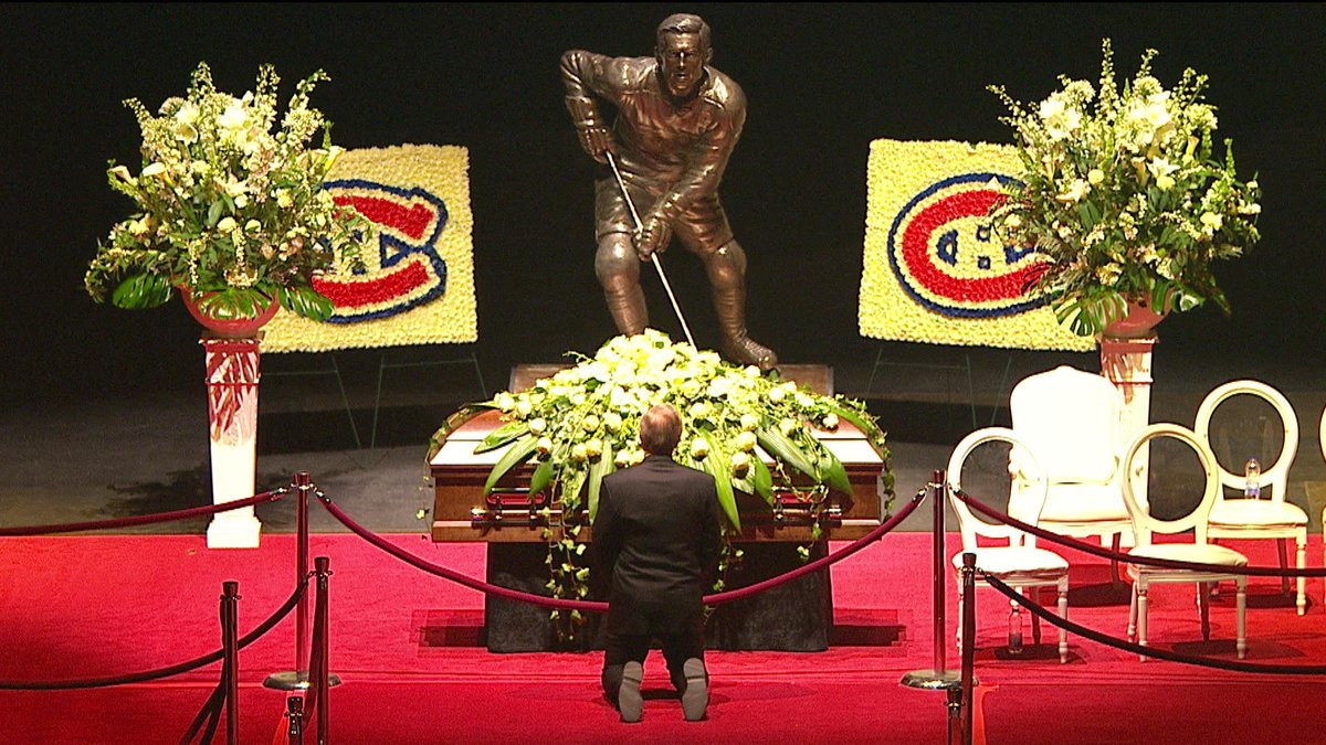 Guy Lafleur Paying Respect To Jean Beliveau