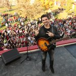 RT @DisneyPictures: See @Juanes & excited fans at the music video shoot of
