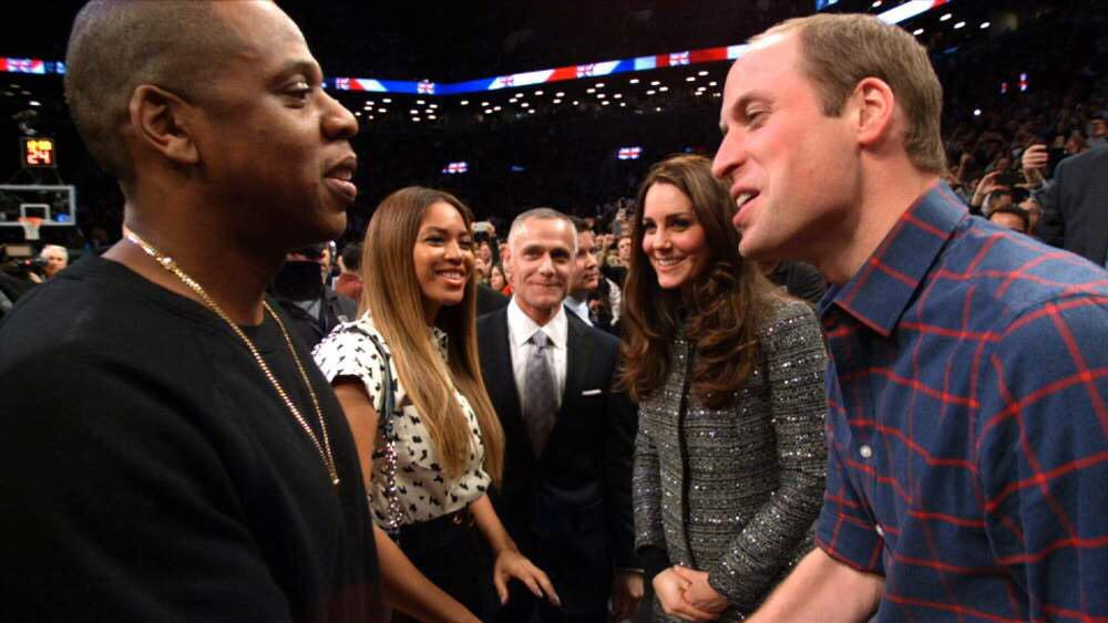 I'm so happy this happened. Hip Hop Royalty meets British Royalty! #Fam lol http://t.co/tShWP2XJJh