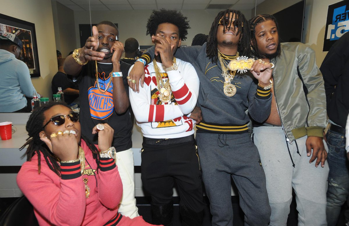 """@HotNewHipHop: .@MigosATL & @BobbyShmurdaGS9 announce ""Shmigo Gang"" mixtape http://t.co/3unVb5XZEg http://t.co/UixlE76Esl""brah"