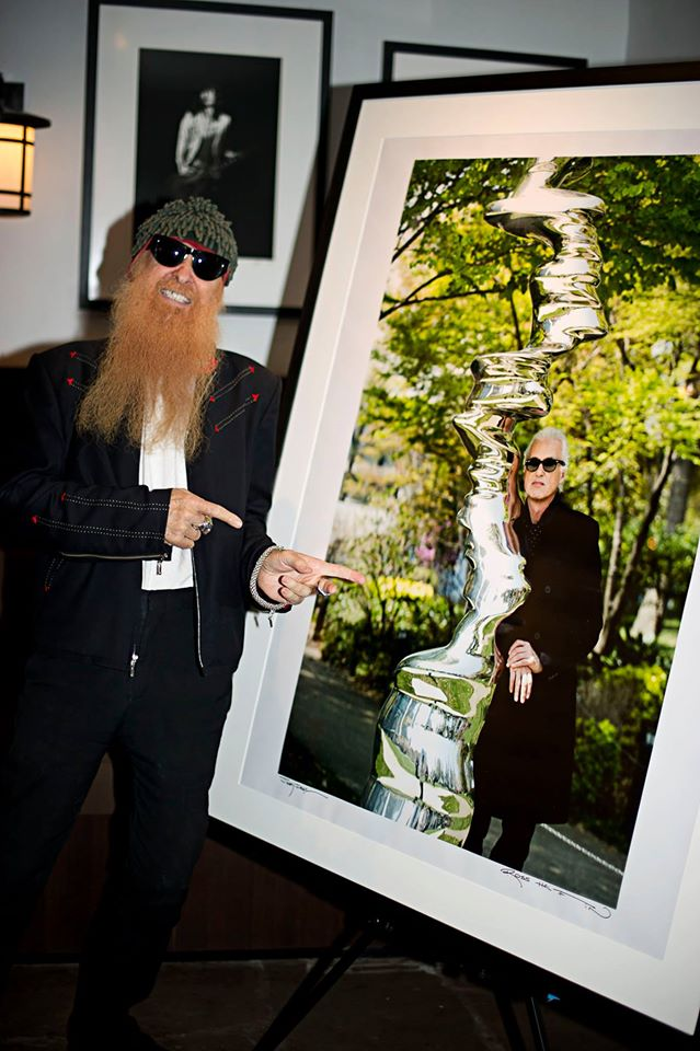 RT @RossHalfin: Happy birthday to my favourite Texan, Billy Gibbons of @ZZTop. This was taken in Los Angeles at the @sunsetmarquis. http://t.co/gbyf3cYx7r