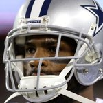 Jerry Jones believes @DeMarcoMurray could play Sunday, despite surgery: http://t.co/knn9VpeIag