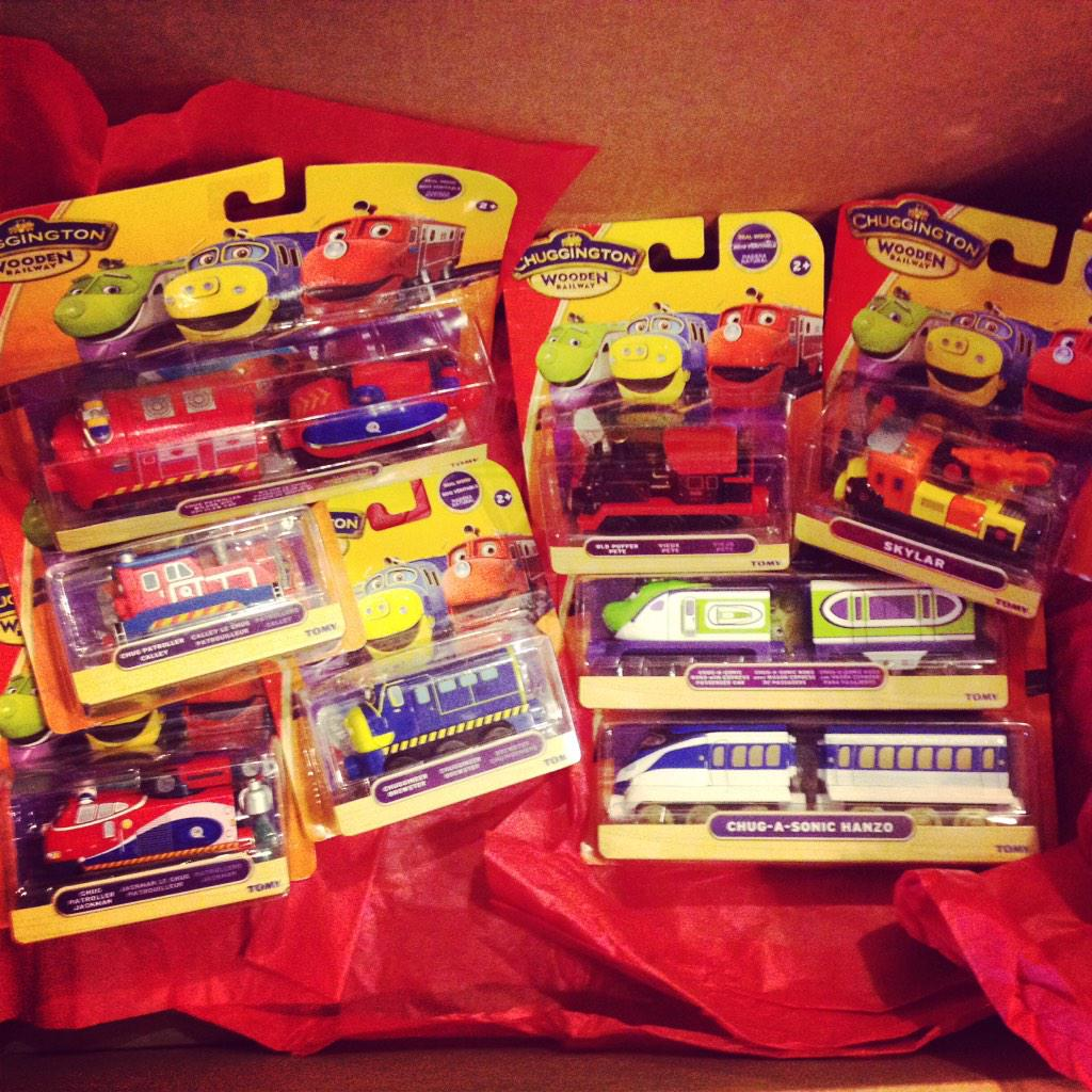 Ultimate stocking stuffer Giveaway: Follow & RT for a chance to #WIN these 8 @Chuggington engines for ur toddler!