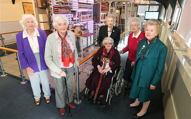"""Dead cool! """"@crscience: Female WW2 codebreakers reunited at Bletchley Park #WomenInSTEM  http://t.co/e43s6pGKq1 http://t.co/mBQHHqJC80"""""""
