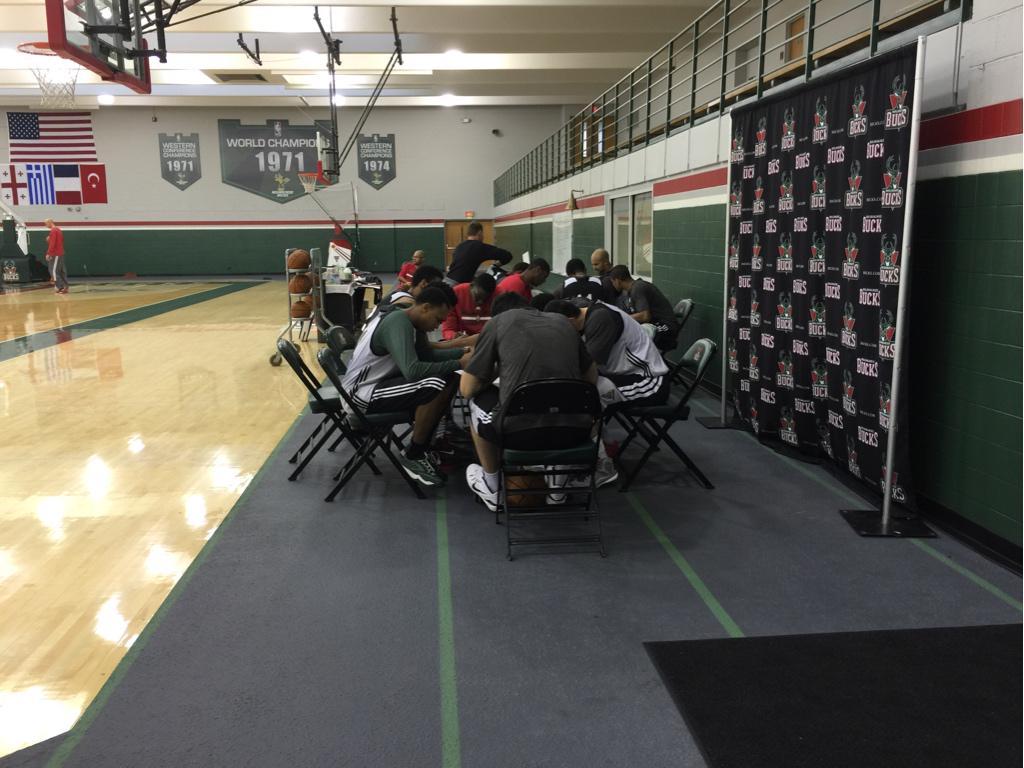 Test time. MT @ZachLowe_NBA: Bucks highlights: new hires, Jason Kidd's written tests, more: http://t.co/Id3mYTydut http://t.co/9foXbzXV1V