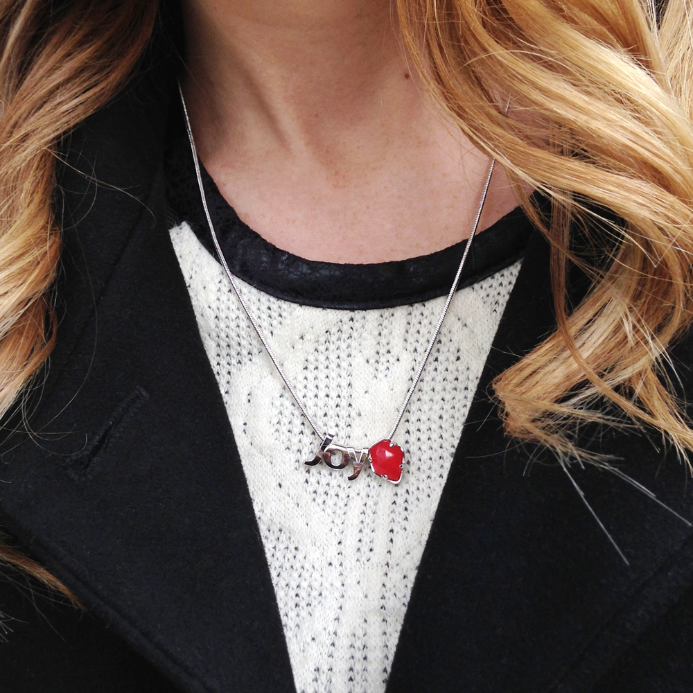 On the 3rd day of giveaways... RETWEET to enter to win this #KScharms necklace! More info: http://t.co/xtUdPkaXsE http://t.co/XMpUfUEVNc