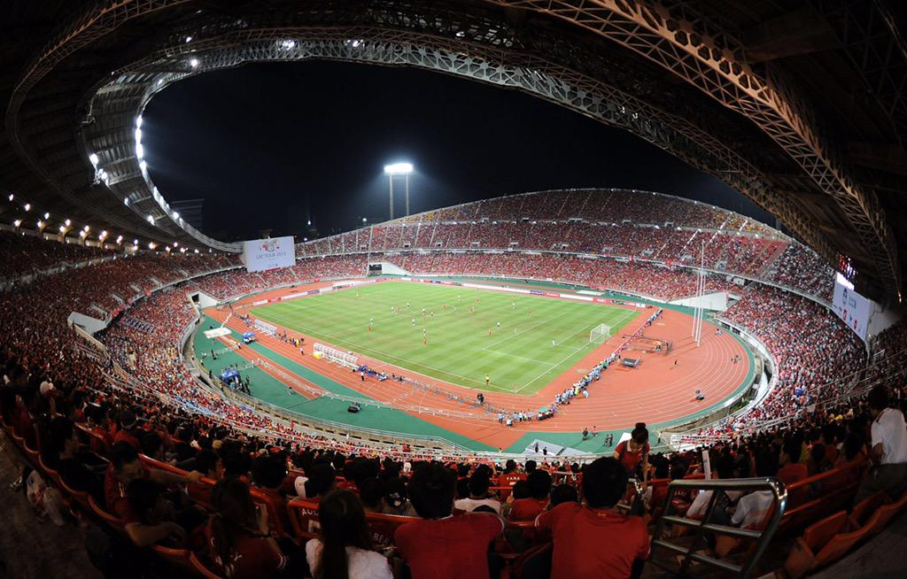 Rajamangala Stadium - 50k Thais inside but we have the support of millions across the world. #Believe #Azkals http://t.co/dqtx5vezlw