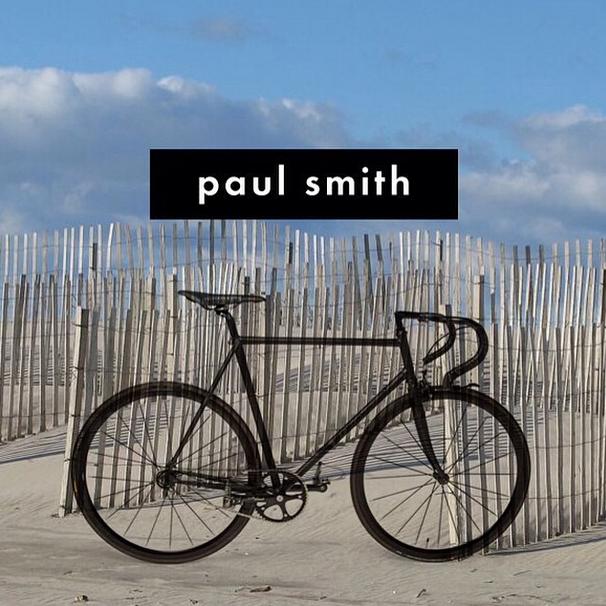 #ELLEIDEAS bicicleta en colaboración con @paulsmithdesign de colección  #ellepicks #ellegifts #ELLEwish #ELLEshopping http://t.co/IV36bPKHoo