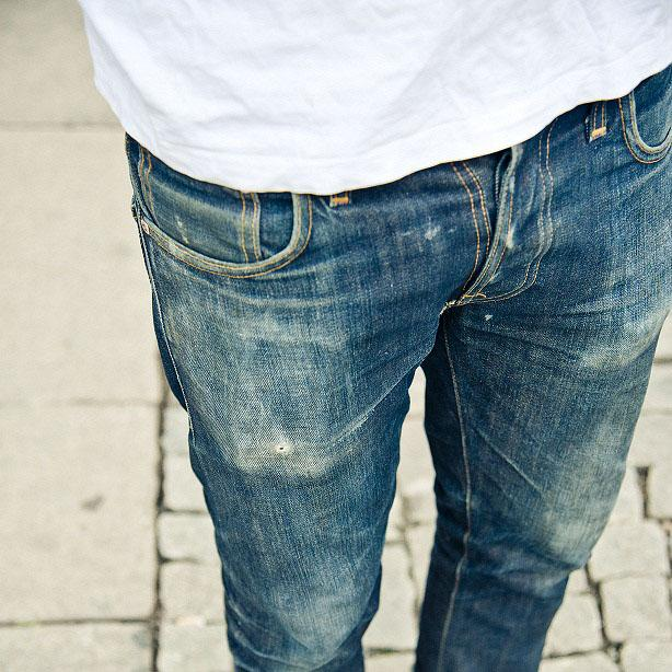Luxury is to go to work in a pair of jeans and a t-shirt. #nudiejeans http://t.co/jW0CQ9q9ym