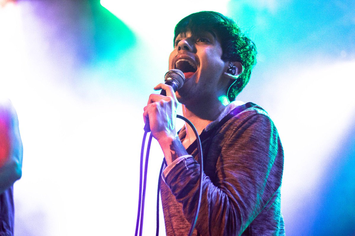 @AndrewCTE of @CrownTheEmpire in chicago http://t.co/WPvQQ0tDrL
