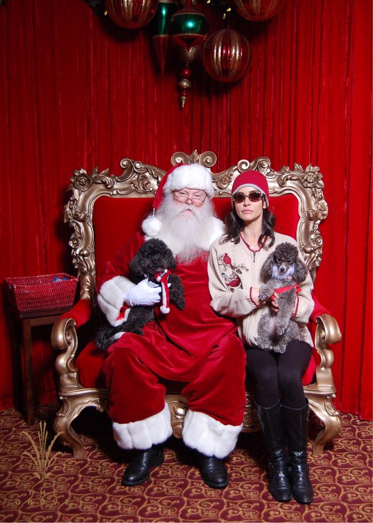 Emmanuelle Vaugier (@evaugier): Signed photo with Santa! Only $10! Proceeds @TheFluffball foundation! http://t.co/RJdvNejX8R http://t.co/6OSk1G6Bvo