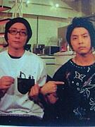 一緒に釣りに行ったり帰ったりするのは楽しみなのに、絶対に一緒に釣りそのものはしない岡野昭仁と堂本剛。 http://t.co/Tc5XcUMp15
