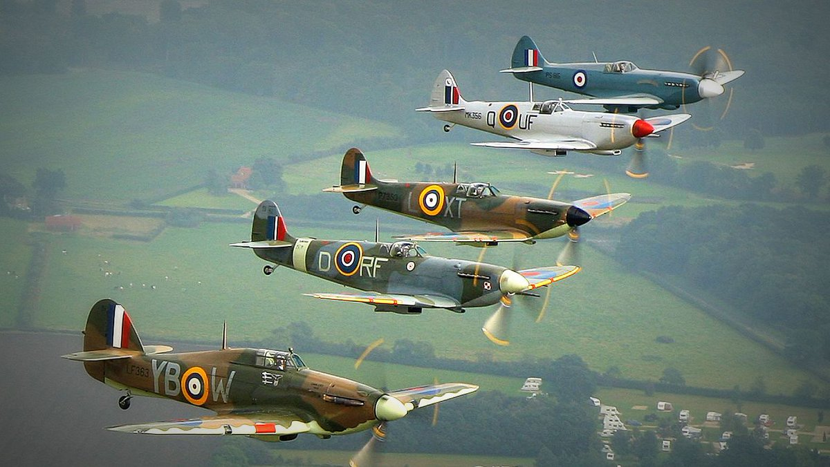 Today is the Centenary of the directive to employ the roundel on British aircraft.    http://t.co/vNbVPy0vzN http://t.co/iEoRcJ3Fkj