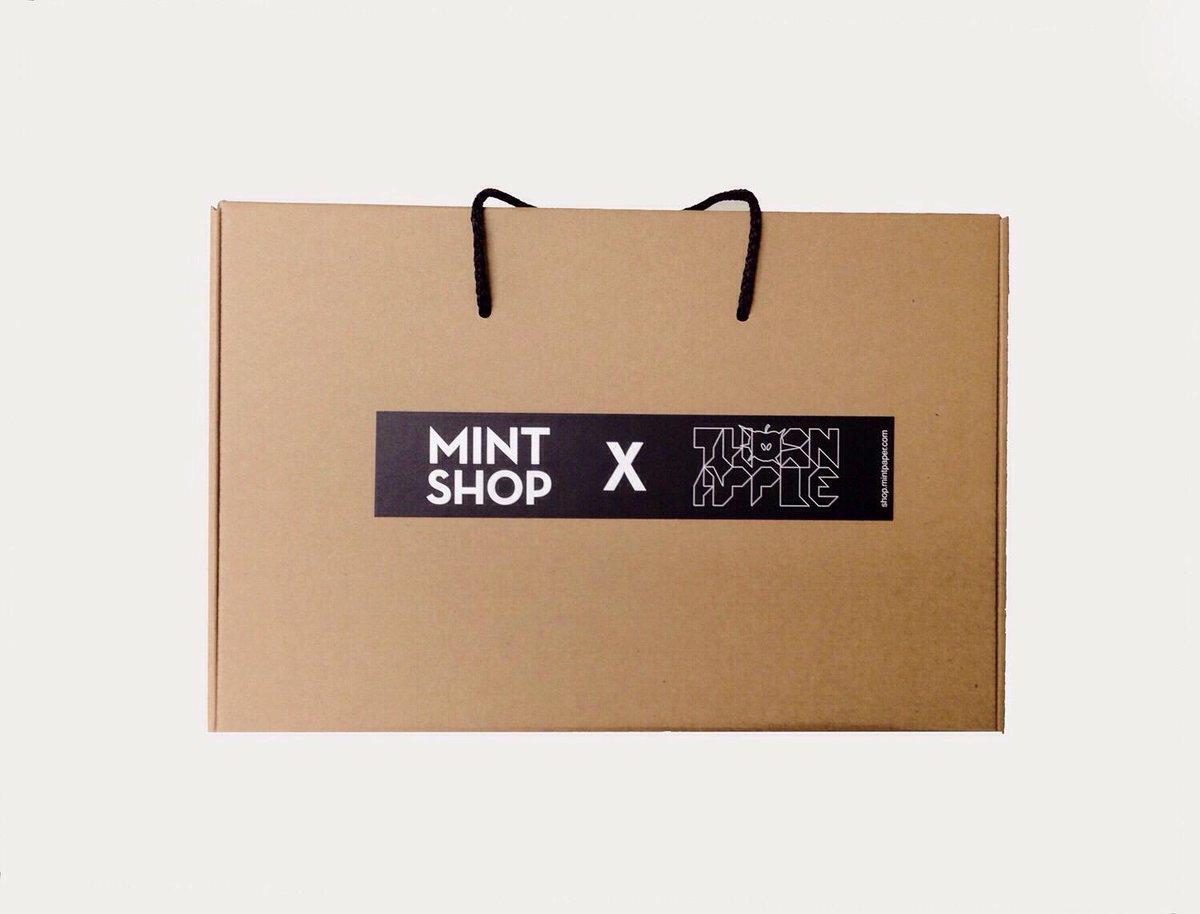 [MINTSHOP X THORNAPPLE] '오늘도 밤이야' MD Package 오늘 저녁 8시 민트샵에서 판매될 '오늘도 밤이야' 패키지 상세컷을 공개합니다. 바로가기 http://t.co/gEtO2TCYN1 http://t.co/IHqQptd1ZI