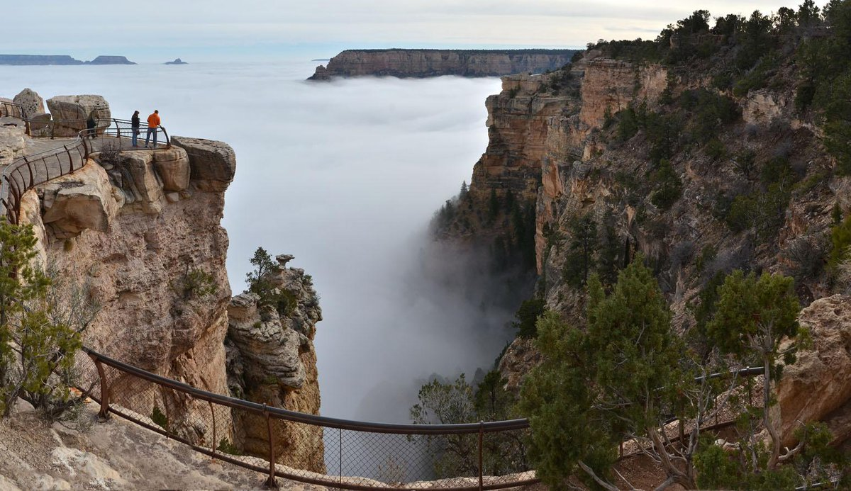 Total cloud inversion seen from Mather Point: South Rim of #grandcanyon #nationalpark Dec.11, 2014. -mq http://t.co/opA5oFlSOw