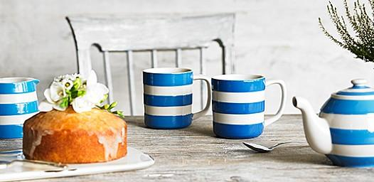 Tea for two? Here's your chance to #win an iconic @cornishware tea set! http://t.co/uFYvGrJ3qk #Competition Please RT http://t.co/TAYDgnE4wc