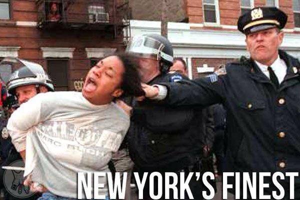 NYPD Put Pregnant Woman in Choke Hold Over Grilling In Front of Her House: http://t.co/W7TIpB3mHW #p2 #ICantBreathe http://t.co/La9orVBDCr