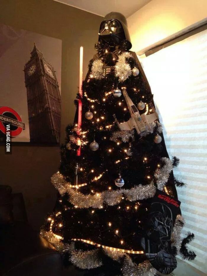 Stop the competition now. Best Xmas tree ever......done.! http://t.co/JWfLPDyFfn