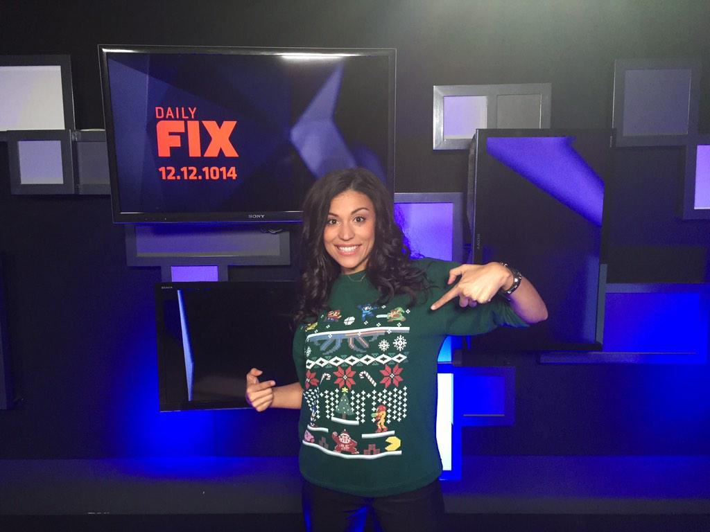 Alexis Cozombolidis (@LetsGetLexi): Daily Fix Question: What console do you want under your tree this holiday season? http://t.co/MpIoBNYIBJ