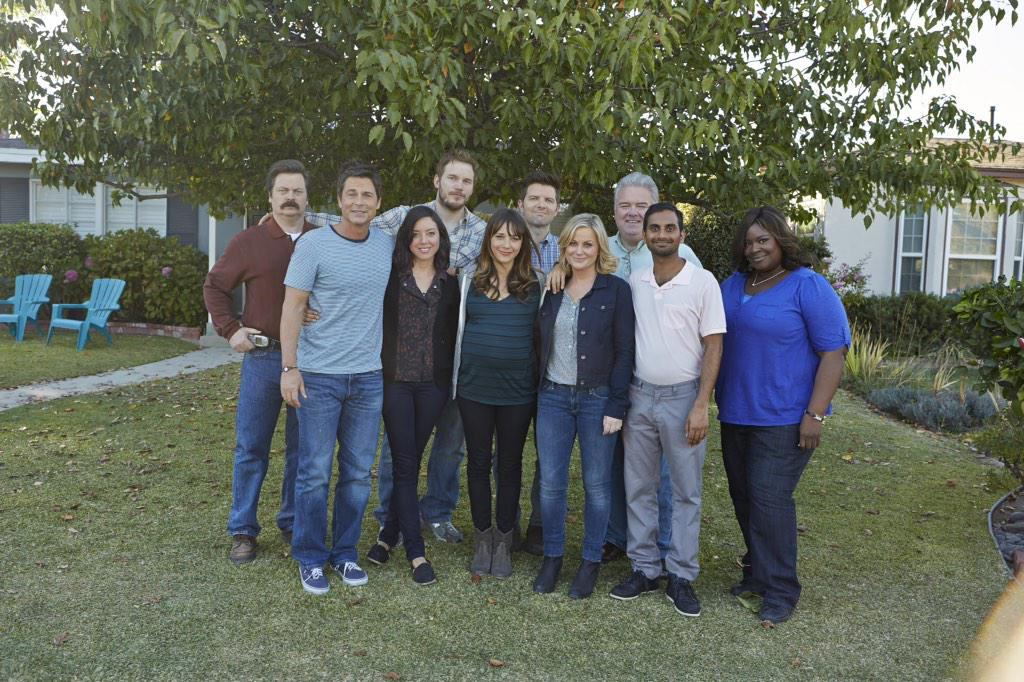 last day. goodbye Pawnee. you are all the loves of my life. I HATE GOODBYES.  #thanksparkscrew http://t.co/DmzhwE5E7j