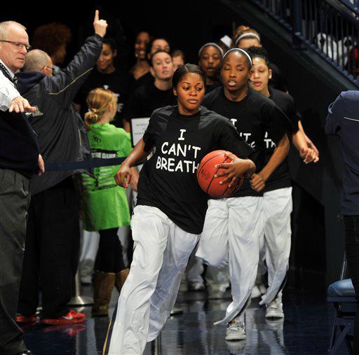 Notre Dame women wear #ICantBreathe T-shirts http://t.co/TJvCWJsrta #ncaaw http://t.co/T6iZwm0gzl