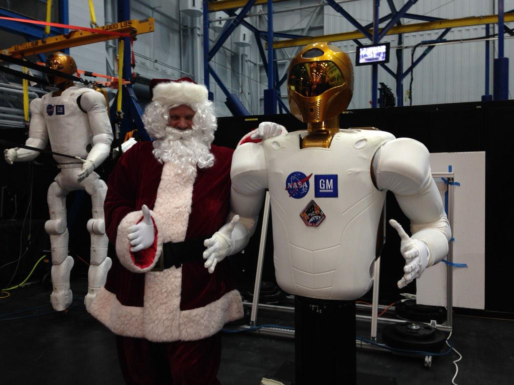 Thanks for stopping by at the @NASA_Johnson party, Santa! I hope I've been good this year. http://t.co/WeY43pXDxH