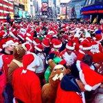A bunch of very drunk Santas descended on New York City on Saturday: http://t.co/kEzUkgwNHV http://t.co/PytlUKEmnh