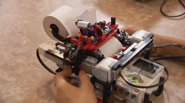 Un ado utilise des #Lego pour créer une imprimante #braille low cost : https://t.co/Yj33JJ3mWY #DIY http://t.co/TbNDwodv4P