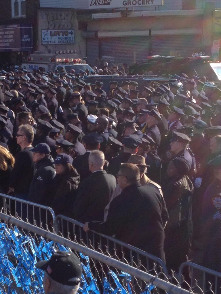 Toddlers RT @jamesfordtv: Thousands more cops turn their backs on @deBlasioNYC as he eulogizes #NYPD Officer Ramos. http://t.co/6oqQQRFwyY
