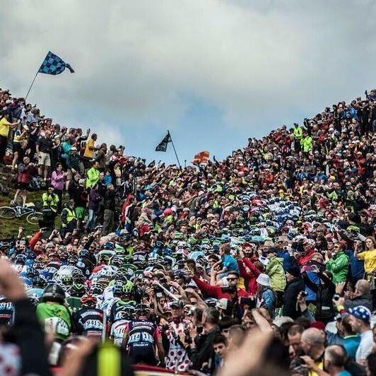 """Contacto, cercanía, pasión sin agresividad!!! Valores que se pierden en otros deportes!!!  """"@jmolivan: Ciclismo!!!! http://t.co/bCJcHkDOVx"""""""