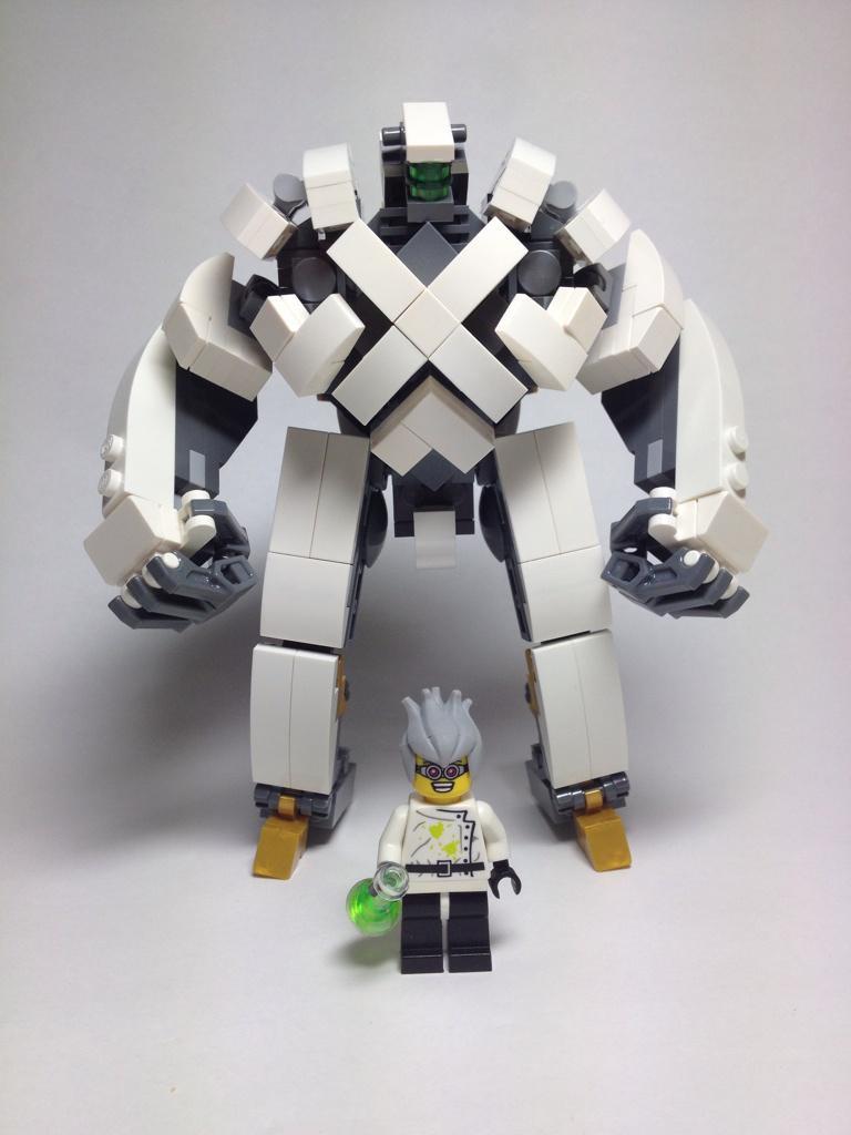 楽園追放に登場するロボ、アーハンをレゴで作ってみました。#楽園追放 #レゴ