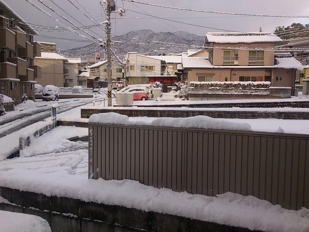 広島積雪10センチ http://t.co/gmqq2lrLzN